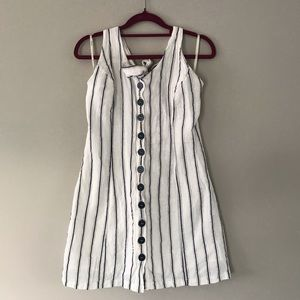 Women's halter style button up dress